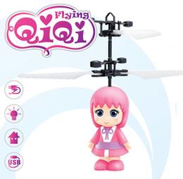 2019 игрушка фея летит RC вертолет Drone Летающие фея Aircraft водить мигающий свет вверх игрушки индукционные Электрический датчик LED Gadget дешево игрушка фея летит