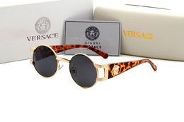 Lunettes de soleil pliantes en gros en Ligne-2019 en gros nouveau top club de mode pliant Vintage lunettes de soleil hommes femmes maître lunettes dégradé lunettes de soleil lunettes de soleil 2176