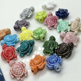 Pulseira cerâmica jingdezhen on-line-20 pçs / lote cerca de 18x15mm diy contas de cerâmica para fazer jóias mix cor tartaruga marinha solta cerâmica contas de pulseira de jingdezhen