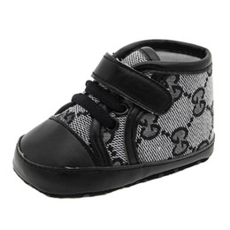 2019 meias de borracha de borracha atacado Bebê Meninos Meninas Sapatos Recém-nascidos Esportes Casuais Primeiro Walker Sapatos Infantis Prewalker Sneakers Sapatos Para o invernoSoft-solado sapatos de caminhada, inverno sh