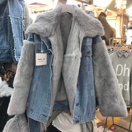 Gerçek Tavşan Saç Denim Ceket Çıkarılabilir Tavşan Saç Çizgili Büyük Kürk Yaka Ceket Kadınlar Kalın Sıcak Yeni Kış Mont cheap hair thicker nereden saç kalın tedarikçiler