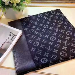 Wollkopf schals online-Neueste Mode Schals Für Frauen Wolle Seide mit Silberfaden Schal Weibliche 140x140 cm Schal Kopftücher Für Damen ohne kasten