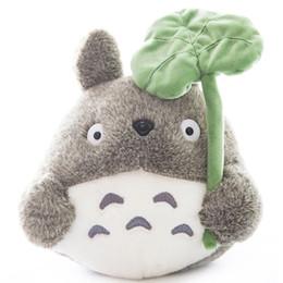 Подушки для аниме онлайн-Плюшевые игрушки Аниме чучела 22см Тоторо Плюшевые игрушки Держите подушку Кукла Подарок на день рождения Девочки Детские игрушки Аниме чучела