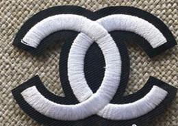 Gestickte patch-logos online-10 stücke Gestickte Patches für Kleidung DIY Streifen Applique Kleidung Aufkleber Eisen auf Kreative Abzeichen nummer 5 luxus logo patches