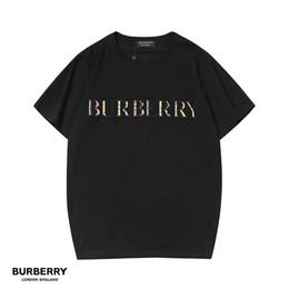 2019 figura completa moda por atacado 2019 tshirt de luxo BRANCO marca topos de luxo designer de t para mens mulheres s tshirt mulheres t shirt homens roupas de manga curta clothing