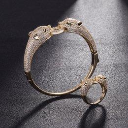 dual-chip-handys Rabatt Luxus Gepard Ringe Armreifen Sets Mode Doppel Tiere Kopf Design Armbänder Ringe Exquisite Hochzeit Schmuck Set Liebhaber Geschenk