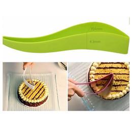 cuchillo de pan de cocina Rebajas Cortador de la torta Cuchillo de la torta de una sola pieza Cortador de la rebanada para el banquete de boda Cuchillo de la rebanada del cuchillo Herramientas de cocina Gadget HHA417