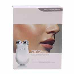 Canada Mini dispositif de soins de la peau de qualité supérieure avec le matériel de beauté actuel micro de boîte de détail cheap fda medical devices Offre