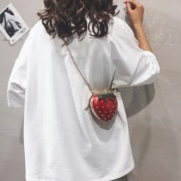2019 handtaschen straße stil Kette geldbörsen rot frauen straße pu handtaschen dame dot messenger wallet adrette haps täglich erdbeere mädchen geschenk bolso rabatt handtaschen straße stil