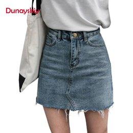 2019 fósforo da saia do denim Blue Black Duanyskiy Mulheres verão Sólido Casual cintura alta lápis Denim Saias High Street Pockets Botão All-correspondida saia jeans fósforo da saia do denim barato