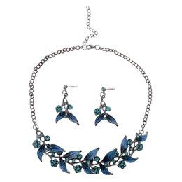 Серьги с голубыми листьями онлайн-Occident Fashion Blue Flowers Leaves Zircon Necklace Earrings Jewelry Set