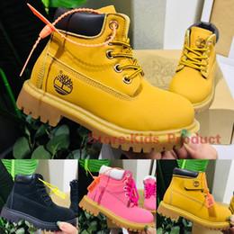2020 botas de cuero negro chicos Madera de la marca de 6 pulgadas niño niños Botas de cuero impermeables de las muchachas de los zapatos Traducido por diseñadores de trigo Negro Rosa niños Matin los cargadores 26-35 botas de cuero negro chicos baratos