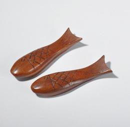 2019 besteck steht DHL Fish Shaped Naturholz Geschirrhalter Essstäbchenablage für Löffel Gabel Messer Holzhalter Rack Küchenhelfer