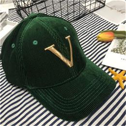 2019 грузовые буквы Модные дизайнерские шапки роскошные шляпы для мужчин Женщины с фирменными буквами случайные регулируемые шапки высокое качество