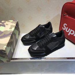 2019 i nomi dei migliori designer Nome Designer Arena Scarpe Uomo Casual Designer Sneaker Red Fashion High Top Sneaker partito poco costoso nero scarpe Trainer hy1896011 i nomi dei migliori designer economici
