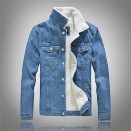 2019 casacos de lã azul claro Homens Inverno Denim Jackets Light Blue Jean Jackets New Masculino grossos casacos de ganga Quente Grande Liner Tamanho lã preto Jean Coats Tamanho casacos de lã azul claro barato