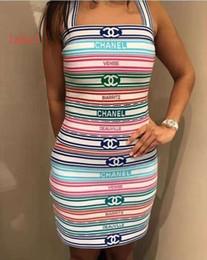 Venta al por mayor de 2019 marca de lujo de las mujeres vestido informal de manga corta vestido de manga corta camisa sin mangas + falda corta de dos piezas desde fabricantes