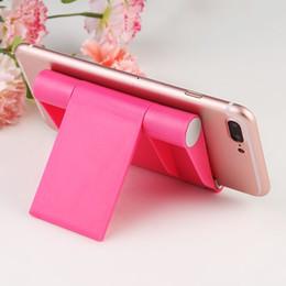 telefono cellulare di sostegno di plastica Sconti Supporto pieghevole universale per telefono cellulare Supporto in plastica Supporto da tavolo per il tuo telefono Supporto per tablet per smartphone