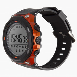Orologio a piede online-Smart Outdoor Sports Watch 120 Feet Water Resist Fitness Tracker Smartwatch Messaggio Pedometro Sonno Monitor Orologio Bluetooth per IOS Android