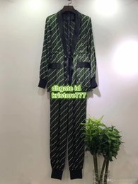 Pijamas vintage on-line-Mulheres Marca Carta Do Vintage Imprimir Two Piece Calças Tops T-Shirt Tee Blusa + Calças Legging Calças Meninas Casuais Runway Pijama Blazer Blazer Set