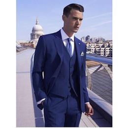 2020 costume de fête de mariage bleu Custom Made main 3PCS Royal Blue Mens Costume Smokings Grooms Costumes de mariage Costumes parti Suis formel promotion costume de fête de mariage bleu
