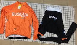 2019 laranja ciclismo jersey térmico CALIBRADO TÉRMICO DO VELO INVERNO JERSEY LONGO ROPA CICLISMO + BIB PANS 2018 EUSKADI EQUIPE LARANJA COM GEL PAD-PICK TAMANHO: XS-4XL desconto laranja ciclismo jersey térmico