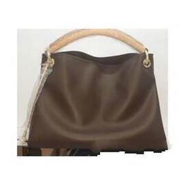 e86ce0e9a25b Новые поступления Оптом и в розницу 2016 года винтажные сумки женские сумки  на ремне сумки дизайнерские сумки (M40249) 3 цвета подбора