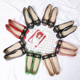2019 diseñador de ballet Diseñador de lujo zapatos de mujer zapatillas de ballet diseñadores casuales zapatos de baile superestrella mocasines ocasionales zapatos aeróbicos señora wl18110609 diseñador de ballet baratos