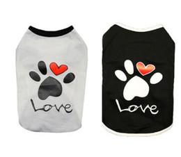 Футболки с хлопком онлайн-Vest Small Dog Cat Dogs Clothes Paw Print Heart Love Design Cotton T Shirt Pet Puppy Summer Apparel Clothes Dog Shirt Coat
