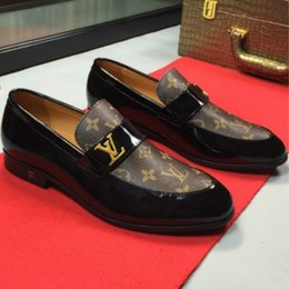 Direkte fabrikverkauf schuhe online-Europäischer Bahnhof der Qualitäts handgemachten Schuhe neue flache beiläufige Schuhe 35-45 Paar Schuhe Fabrik Direktverkauf freies Verschiffen