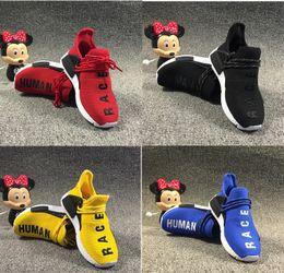 2019 zapatos amarillos para niños Pharrell Williams Infant Human Race Kids Zapatillas para correr Niños pequeños amarillos Atlético DEPORTIVO Entrenadores Niños niños niñas zapatillas Core Black Whit zapatos amarillos para niños baratos