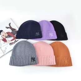 2020 sombreros de esquí de las mujeres de las mujeres unisex Gorros Sombreros El Norte Designe Beanie cráneo del casquillo hombres de la cara del sombrero hecho Hombre aire libre del invierno caliente grueso Ski Hats rebajas sombreros de esquí de las mujeres