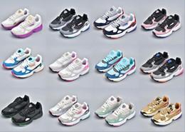 Adidas Falcon W running shoes 2019 NUEVOS zapatos para correr de alta calidad FALCON W para hombres y mujeres, zapatos deportivos de moda tamaño 36-45 desde fabricantes