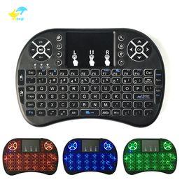 compresse colorate Sconti Mini tastiera wireless 3 backlite a colori 2.4GHz Telecomando inglese russo per mouse Telecomando touchpad nero per Android TV Box Tablet Pc