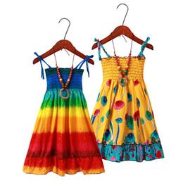 2019 Yeni yaz kızlar çocuklar için tasarımcı kostümleri bohem tarzı bebek elbiseleri kolsuz kızlar plaj elbiseleri çiçek baskı giysi kızlar cheap bohemian baby girl clothes nereden bebek bebek kostümleri tedarikçiler
