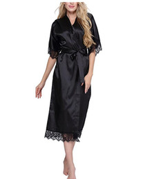 Argentina De alta calidad de las mujeres negras de seda Rayon Robe Sexy ropa interior larga ropa de dormir Kimono Yukata camisón más el tamaño S M L XL XXL XXXL A-050 cheap yukata women Suministro