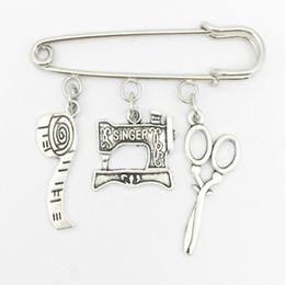 Nuevas máquinas de coser online-Nuevo tem Broche de máquina de coser, Broche de costurera, Broche de quilters Broche de plata Dres s Elegante encanto de joyería de moda Colgante de broche unisex