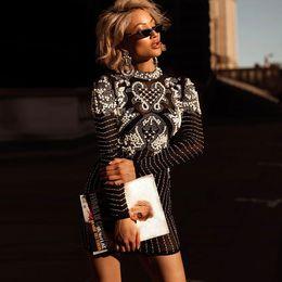 Collar de encaje de diamantes online-2019 mujeres vestido de fiesta de la tarde de la celebridad de primavera Vestidos Sexy negro de manga larga de encaje ahueca hacia fuera el diamante rebordear vestido Club