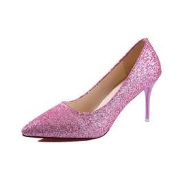 2019 Nuevos zapatos de mujer 8 cm de lentejuelas puntiagudos tacones de  aguja boca baja sexy plata profesional zapatos de trabajo 19c13db8ebf2