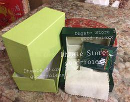 Deutschland Mens Original Box aus Holz Uhrenboxen Zertifizierungspapiere Karte Manuelle Übersetzung Wallet Uhren Tag Booklet 116660 126600 GMT 116400 116681 Versorgung