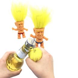 fête des trolls Promotion Simulation Président Donald Trump Troll Poupée Multifonction Poupées Ouvre-bouteille Mini Poupée PVC Main Bureau Troll Poupées Fête Cadeaux A43001