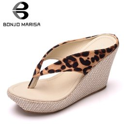 e243c47950e BONJOMARISA 2019 New Hot High Wedges flip-flops Women Large Size 33-42 Platform  Slippers Straw High Heels Women Shoes Woman discount white high wedge flip  ...