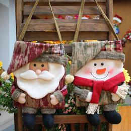 2019 vecchie figurine NOVITÀ Santa Snowman Apple Bag Old Man Elk Figurine Candy Jar Sacchetto regalo di Natale Decorazione natalizia Figurina Candy vecchie figurine economici