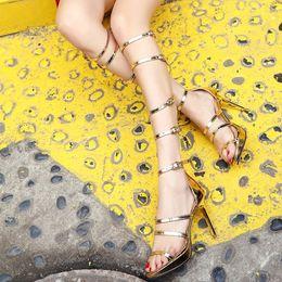 botas abertas para os joelhos Desconto Joelho aberto Toe High Cut Outs Sandálias Botas Mulheres Gladiador Sandálias Romanas de Salto Alto de Prata de Ouro Fivela Sapatos de Verão