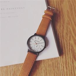 Reloj de pulsera Colegial Coreano Conciso Tendencia Tiempo libre Ulzzang Restaurar Formas antiguas Personalidad de la moda Movimiento Original El viento de la noche desde fabricantes