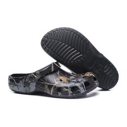 2019 sandali di gomma più venduti Hawaii ciabatte da spiaggia outdoor paio  sneakers scarpe traspiranti scarpe da spiaggia scarpe da uomo uomo  pantofole ... 0477eede6d2