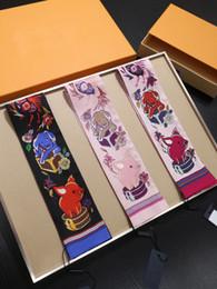 2019 écharpes unies rouges 2019 Mode Animaux Porcs Chiens Imprimer Petit Rectangle Écharpe Bandeau Marque Foulards En Soie Femelle Peut Pour Les Sacs À Main Bandanas