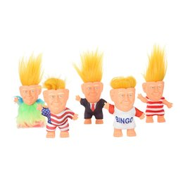 Argentina Las divertidas figuras de acción de Donald Trump Doll Trolls se enfrentan a la figura de Celebrity para un regalo de fiesta con un paquete de opp minorista Suministro
