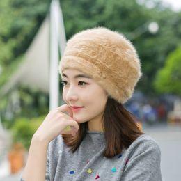 Nuovo autunno inverno delle donne dei cappelli di pelliccia berretti boina caldo per la madre cappello della protezione ossea feminina Gorras berretto solido di modo da sentito pista fornitori