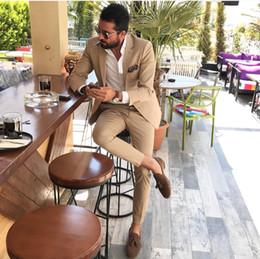 Ternos do smoking do champanhe para homens on-line-Custom Made Padrinhos Notch Lapela Noivo Smoking Champagne Men Ternos de Casamento / Prom Melhor Homem Blazer (Jacket + Pants + Tie) A631